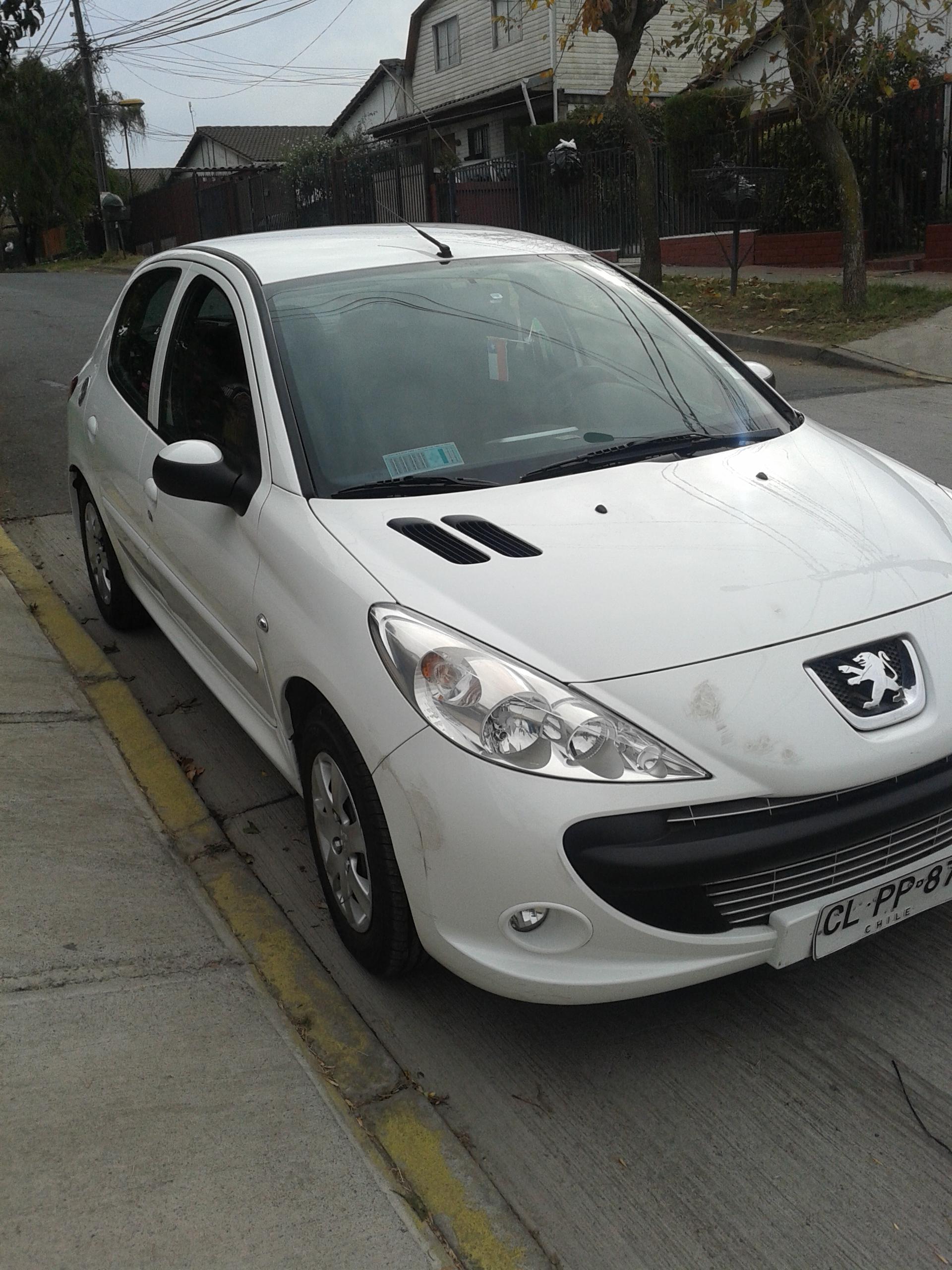 Peugeot 207 Compact Line año 2010